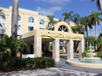 Photo of La Quinta Inn & Suites University Drive South Coral Springs