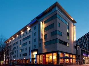 Photo of Holiday Inn Express Leeds City Centre-Armouries