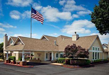 Hawthorn Suites by Wyndham St. Louis Westport Plaza