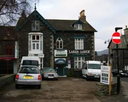 Lakes Hotel