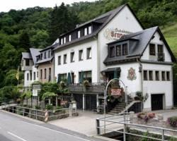 Weinhotel und Gaestehaus Gutsschaenke Sennerhof