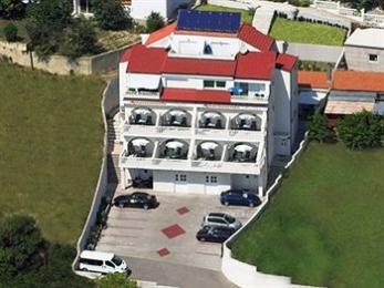 Photo of Aparthotel Stipe Podstrana