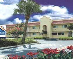 Travelodge Riviera Beach/West