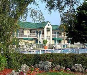 Photo of Travelers Inn Dundee