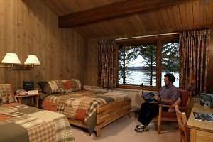 ‪Glacier Bay Lodge‬