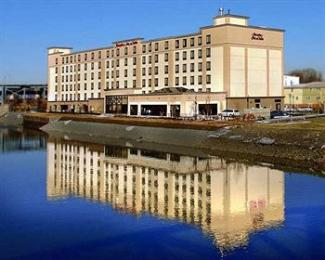 Photo of Hampton Inn Newark-Harrison-Riverwalk