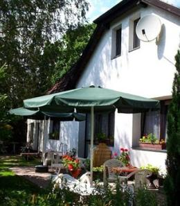 Photo of Lakeside B&amp;B - Pension Am See Berlin