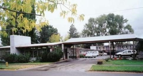 ‪Lakeview Lodge Motel‬