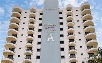 Alexander Holiday Apartments
