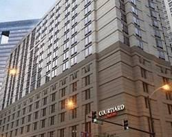 ‪Courtyard by Marriott Chicago Downtown‬
