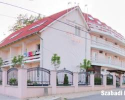 Photo of Hotel Szabadi Siofok