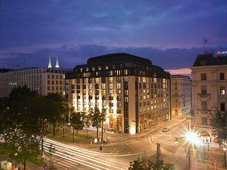 Photo of Hilton Vienna Plaza