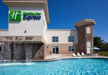 ‪Holiday Inn Express Wisconsin Dells‬