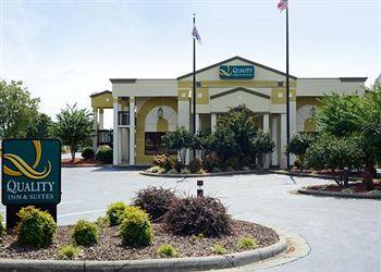 Photo of Quality Inn & Suites Mooresville