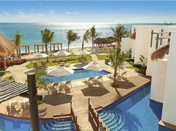 Photo of Azul Beach Hotel, by Karisma Puerto Morelos