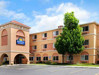 ‪Days Inn and Suites Airport Albuquerque‬