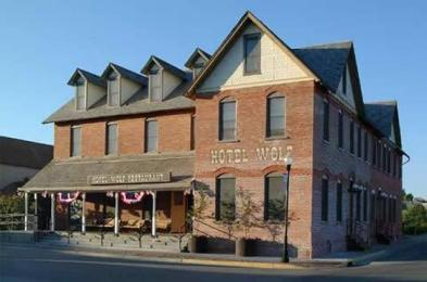 Photo of Hotel Wolf Saratoga