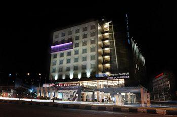 Aston Primera Pasteur Hotel & Conference Center