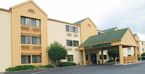 La Quinta Inn & Suites St. Louis Maryland Heights