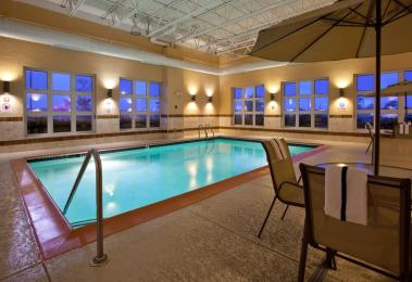 Holiday Inn Express - Wixom