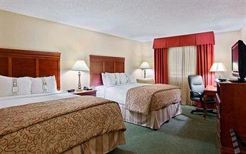 Holiday Inn Dallas Market Center