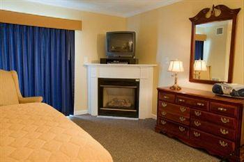 Photo of Captain's Quarters at Surfside Resort Falmouth