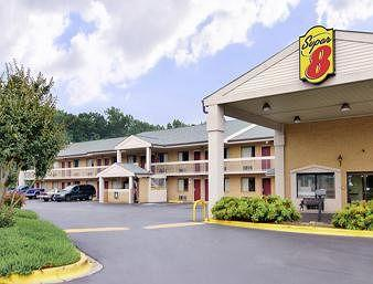 ‪Super 8 Charlotte Sunset Road‬