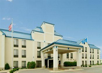 Holiday Inn Express and Suites Cedar Rapids