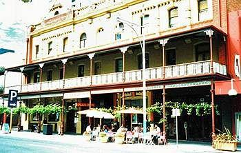 Photo of Plaza Hotel Adelaide