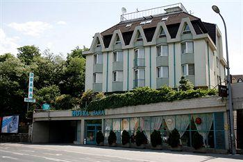 Photo of Bara Junior Hotel Budapest