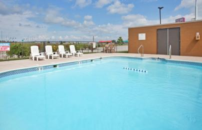 ‪Holiday Inn Express Marshfield (Springfield Area)‬