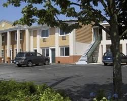 Rodeway Inn and Suites Middletown