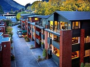 Photo of St. James Apartments Queenstown