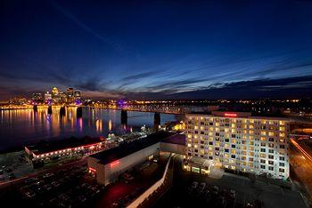 Photo of Sheraton Louisville Riverside Hotel Jeffersonville