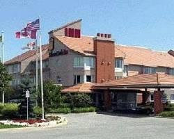 Monte Carlo Inn Oakville Suites
