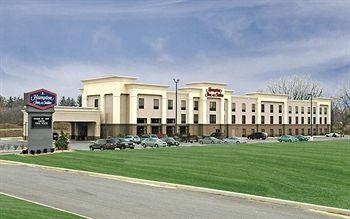 Hampton Inn & Suites Youngstown Canfield