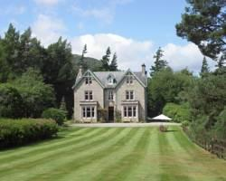 Corrour House Hotel