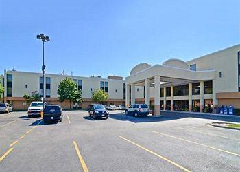 Photo of Comfort Inn O'Hare Des Plaines