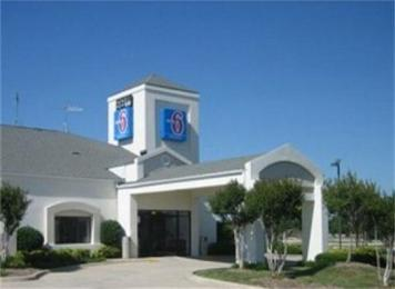 Motel 6 Plano/Preston Point