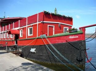 The Red Boat Hotel & Hostel