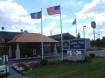 ‪BEST WESTERN Laurel Park Suites‬
