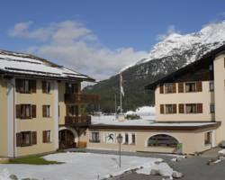 Apparthotel St. Moritz Chesa Silva