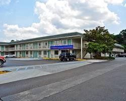 ‪Motel 6 Charleston North‬