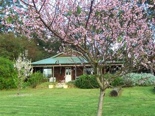 Bettenay's Redgum Ridge Cottages