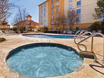 La Quinta Inn & Suites Oklahoma City NW Expwy