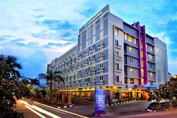 Aston Cengkareng City Hotel & CC