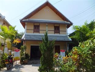Golden Lotus Guest House