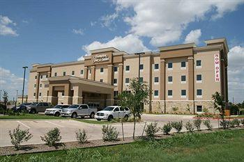 Hampton Inn & Suites Cleburne