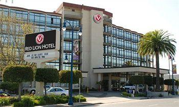 Red Lion Hotel Oakland International Airport