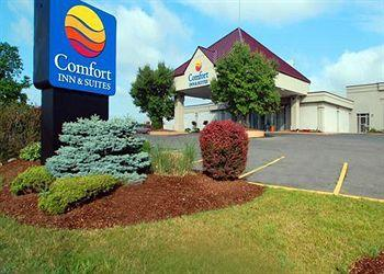 ‪Comfort Inn & Suites Syracuse Airport‬